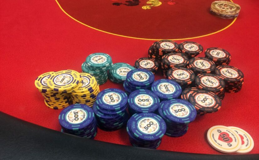 How to Find a Pair of Good Poker Chips